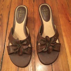 Life Strides wedge sandal